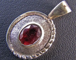 22CtsGem  Ruby set in Silver Pendant MJA 637