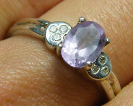 AMETHYST   GEMSTONE RING WITH DIAMANTIES SIZE 6.5 MY 535