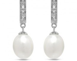 NEW GENUINE FRESHWATER PEARLS AND DIAMONDS SET IN 925 STERLING SILVER
