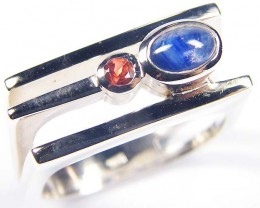 SAPPHIRE AND GARNET   STYLISH  SILVER RING  SIZE 8  GRR 169