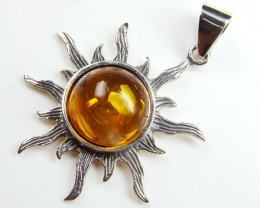 BALTIC AMBER SILVER PENDANT AND EARRING TCW 39.1 MYG272