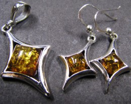 BALTIC AMBER SILVER PENDANT AND EARRING TCW 44.3  MYG274