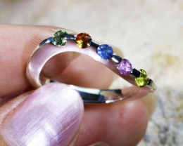 Beautiful mixed gemstone silver ring size 8   Bu 1319