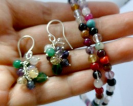 MULTI CLUSTER GEMSTONE MULTI NECKLAC EEARRING 85 CTS  RT 996