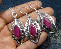 60 CTS TCW 3 PC RUBY SET IN SILVER  GG783