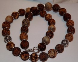 NEW - 19 1/2 INCH ROUND FLAT SURFACED AGATE BEADS NECKLACE