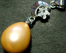 GOLD PEARL PENDANT 20.20 CTS [PF264]