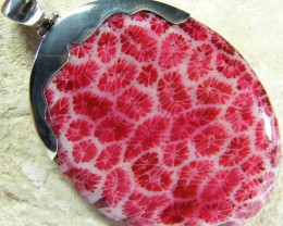 LARGE CORAL FOSSIL PENDANT -TOP PATTERN 64.40 CTS [SJ225]