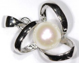 NATURAL PEARL PENADNT 10.65CTS TBJ-676