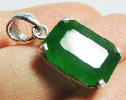 Emerald Like Gemstone  in Silver Pendant   JGG 139