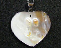 NATURAL PEARL SHELL WITH PEARL FORMED 45.50 CTS AG 802