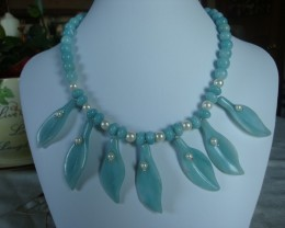 AMAZONITE AND PEARL COLLAR NECKLACE
