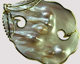 PEARL SHELL PENDANT 72 CTS [MX1666 ]