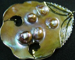 PEARL SHELL PENDANT 73 CTS [MX2111 ]