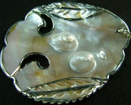 PEARL SHELL PENDANT 63 CTS [MX2124 ]