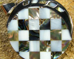 INLAYED MOTHER OF PEARL SILVER PENDANT 44.15 CTS [SJ301]