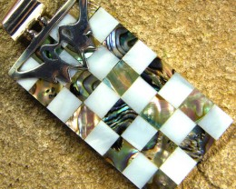 INLAYED MOTHER OF PEARL SILVER PENDANT 42.20 CTS [SJ310]