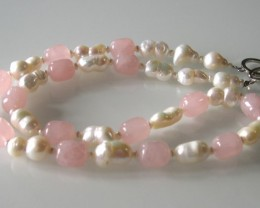 VERY NICE ROSE QUARTZ AND PEARLS NECKLACE 55cms