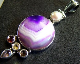 STUNNING LARGE AGATE PENDANT 55.15 CTS.  [GT798]