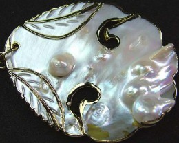 PEARL SHELL PENDANT 78.5 CTS [MX2092 ]