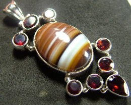 STUNNING AGATE PENDANT 96.00 CTS [GT824 ]