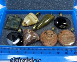 8 MIXED GEMSTONE PENDANTS-RE SELLERS PARCEL   MYGM 516