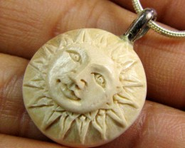 SUN CARVING  MAMMOTH IN SILVER PENDANT 9.45  CTS   RT 524
