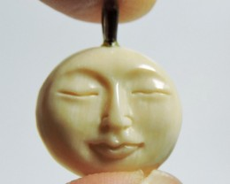 6.1CTS MAMMOTH IVORY CARVED FACE PENDANT HS1347