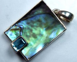 ABALONE SHELL PENDANT WITH TOPAZ  15.80 CTS    TBJ-512