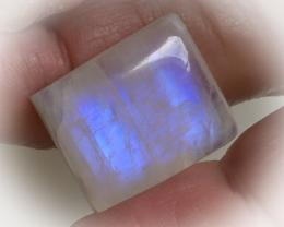 23.60ct Fabulous Blue Sheen Glassy Polish Moonstone