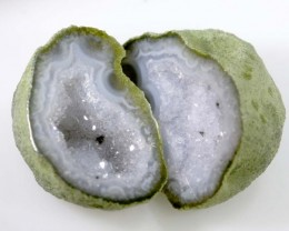Untreated Crystalized Druzy Geode pair  13 cts ANGC-213