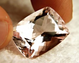 CERTIFIED - 22.3 Carat Flawless Morganite - Gorgeous