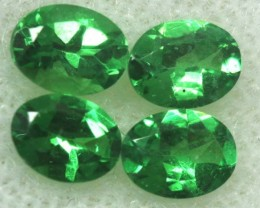 TSAVORITE GREEN GARNET  1  CTS RNG-295