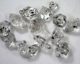 6.75 CTS QUARTZ LIKE HERKIMER DIAMOND PARCEL LG-1372