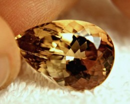 16.89 Carat VVS1 Flashy South American Topaz