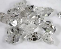 4.05 CTS QUARTZ LIKE HERKIMER DIAMOND PARCEL LG-1409
