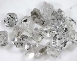 9.5 CTS QUARTZ LIKE HERKIMER DIAMOND PARCEL LG-1434