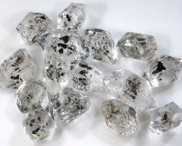 10.20 CTS QUARTZ LIKE HERKIMER DIAMOND PARCEL LG-1443