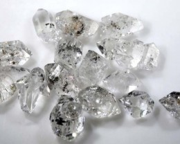 8.35 CTS QUARTZ LIKE HERKIMER DIAMOND PARCEL LG-1450