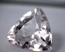 'Intense Sparkle' - Glittering 3.65ct Pale Pink - Near Colorless Trillion K