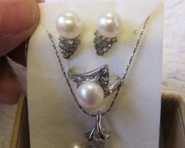 Matching set Fresh water pearls PPP 126