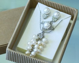 Matching 4 Piece set Fresh water pearls PPP 126