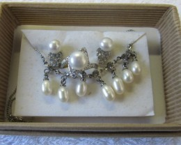 Matching set Fresh water pearls PPP 127