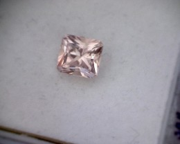 Well cut 2.32ct Sparkling Peach Square Cut Morganite, Brazil - MG27