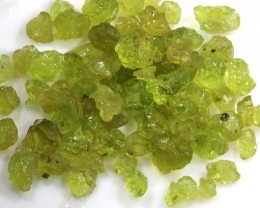 50 CTS PERIDOT ROUGH PARCEL RG-1798