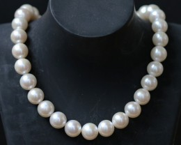 11 mm round Top graded high luster  pearl strand 40cm length   PPP165
