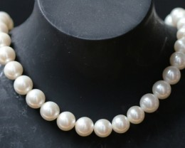 9 mm round Top graded high luster  pearl strand 40cm length   PPP170