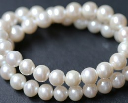 9 mm round Top graded high luster  pearl strand 40cm length   PPP173