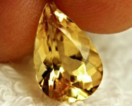 4.62 Carat VVS South American Golden Beryl - Elegant Stone