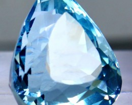25.15 CTs Superb & Bueatiful blue topaz gemstone